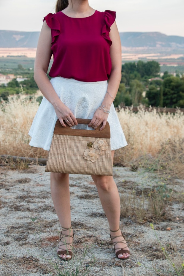 Summer look: white and burgundy 11