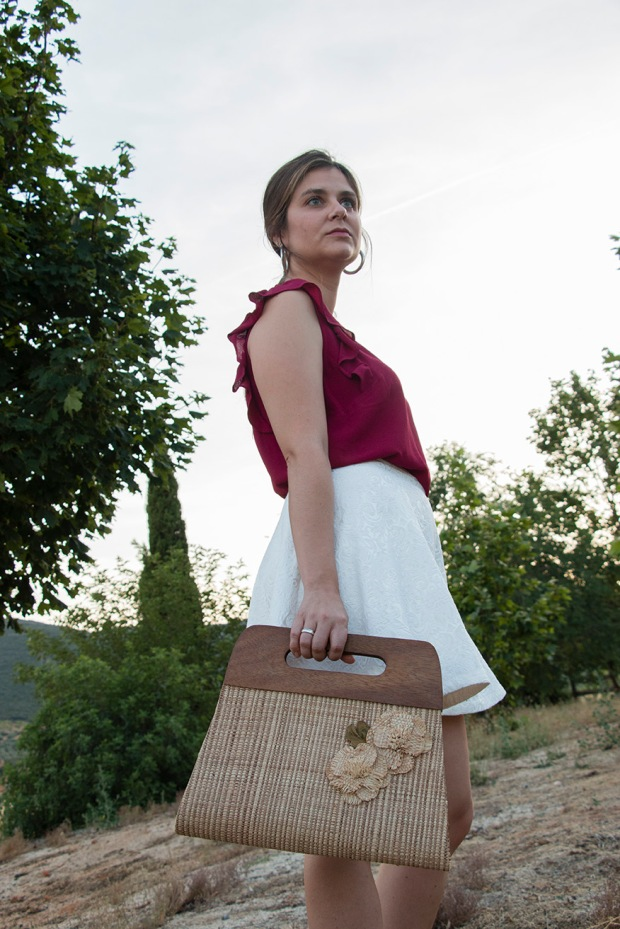 Summer look: white and burgundy 13
